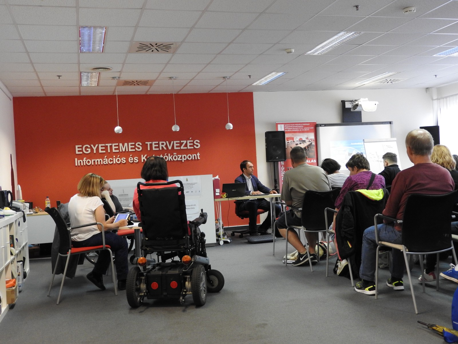 The cost of adaptation of buildings and facilities for people with disabilities