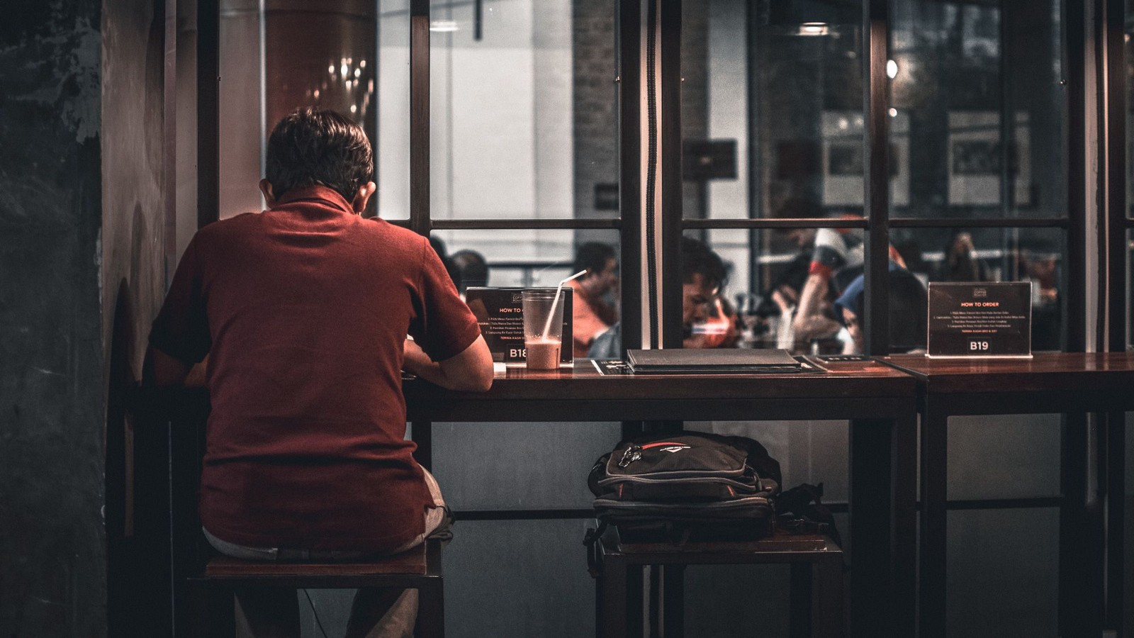 How to be alone: the difference between loneliness and solitude
