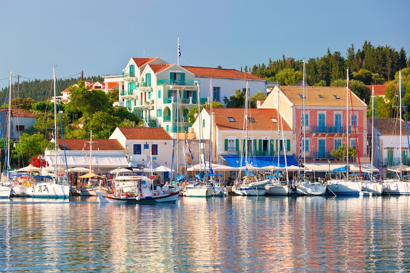 14 Most Amazing Small Towns to Must Visit in Greece