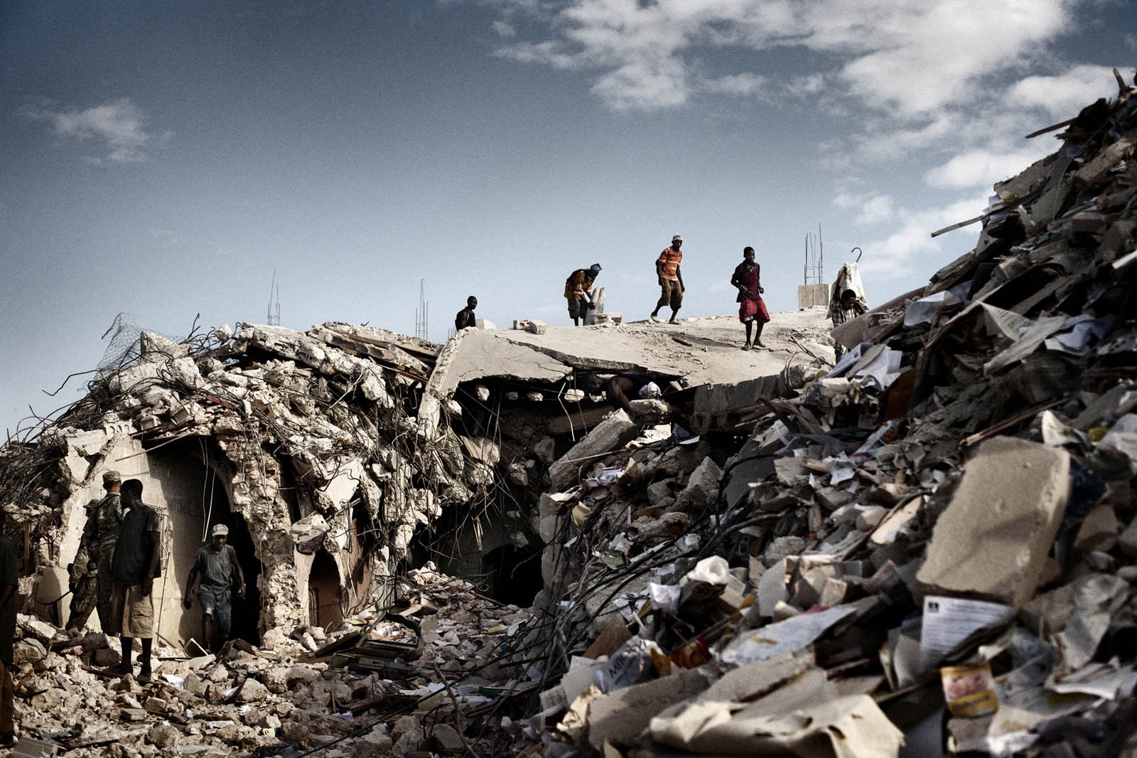 devastating earthquake ravaged haiti - HD 1600×1066