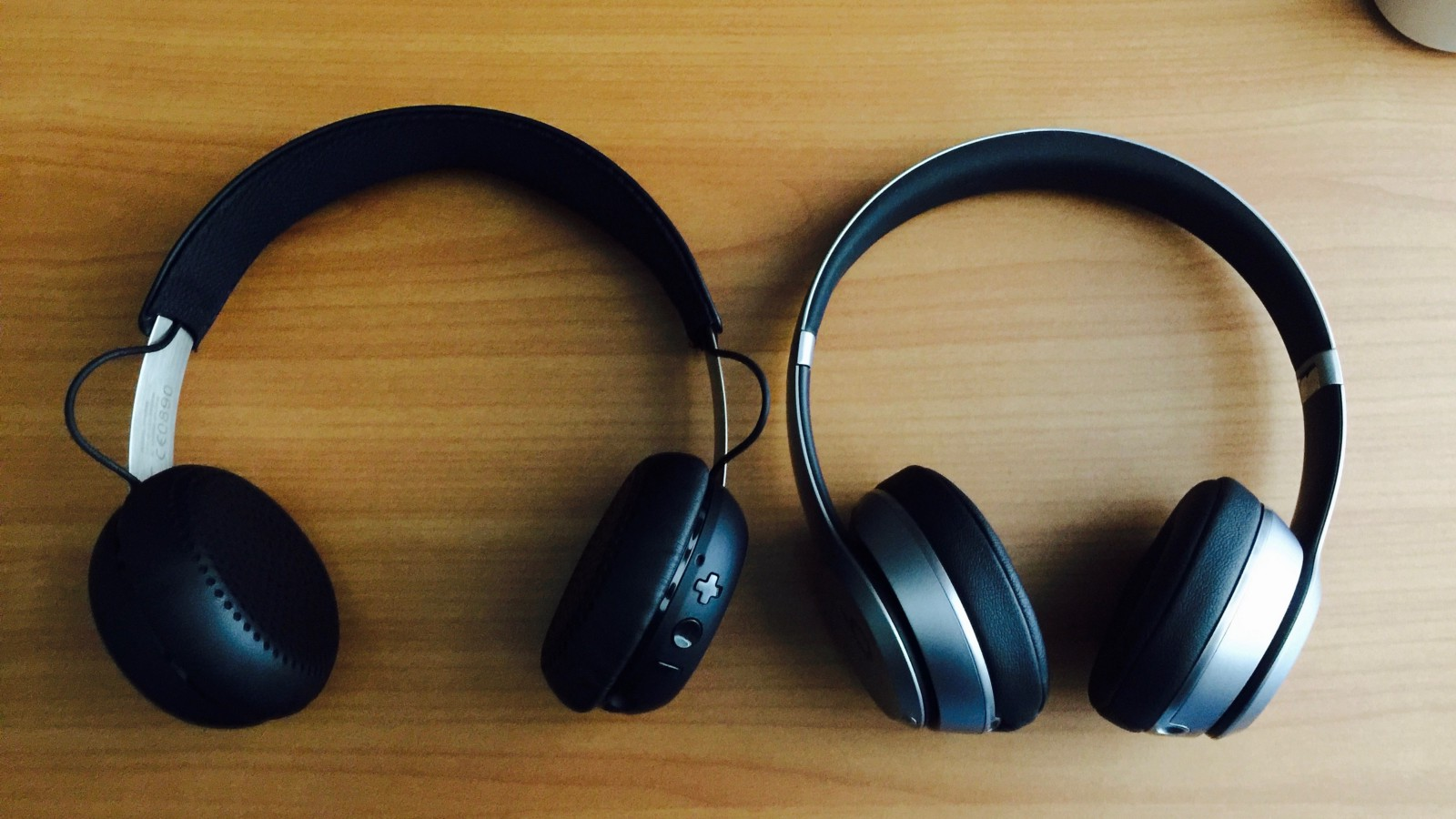 headphone showdown beats solo 2 wireless vs skullcandy grind wireless