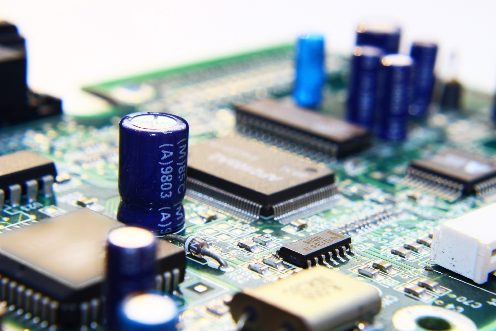 Electronic Component Lead