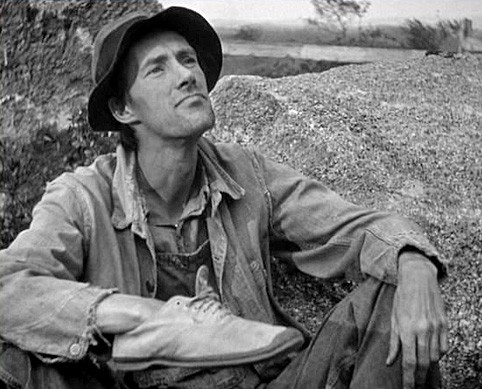 grapes of wrath jim casy Grapes of wrath - jim casy chracter analysis essay 2439 words | 10 pages john steinbeck passionately describes a time of unfair poverty, unity, and the human spirit in the classic, the grapes of wrath.