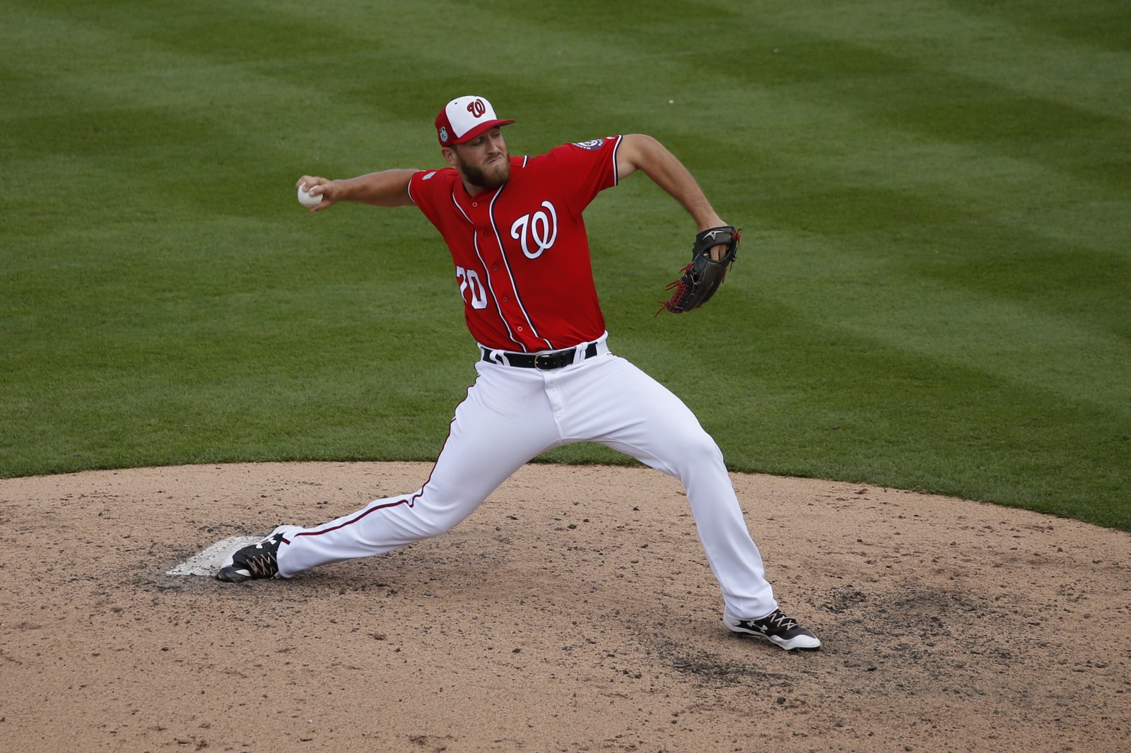 Nationals recall Austin Adams