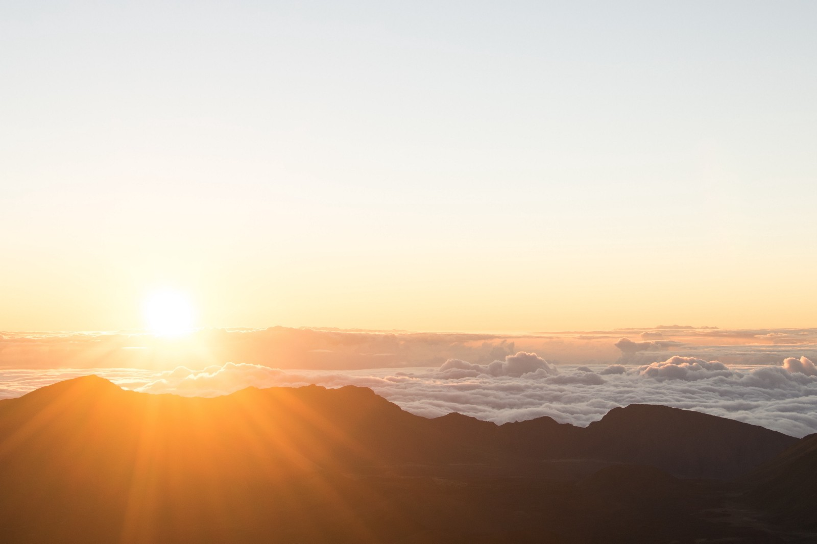 10 Reasons To Start Your Day Outside Thrive Global Medium