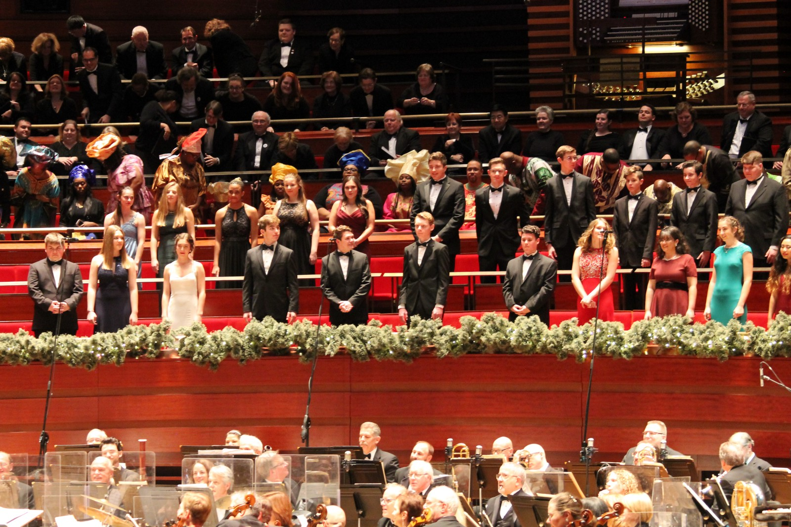 annual christmas choir competition the students of neshaminy high schools select choir performed text me merry christmas alongside the philly pops