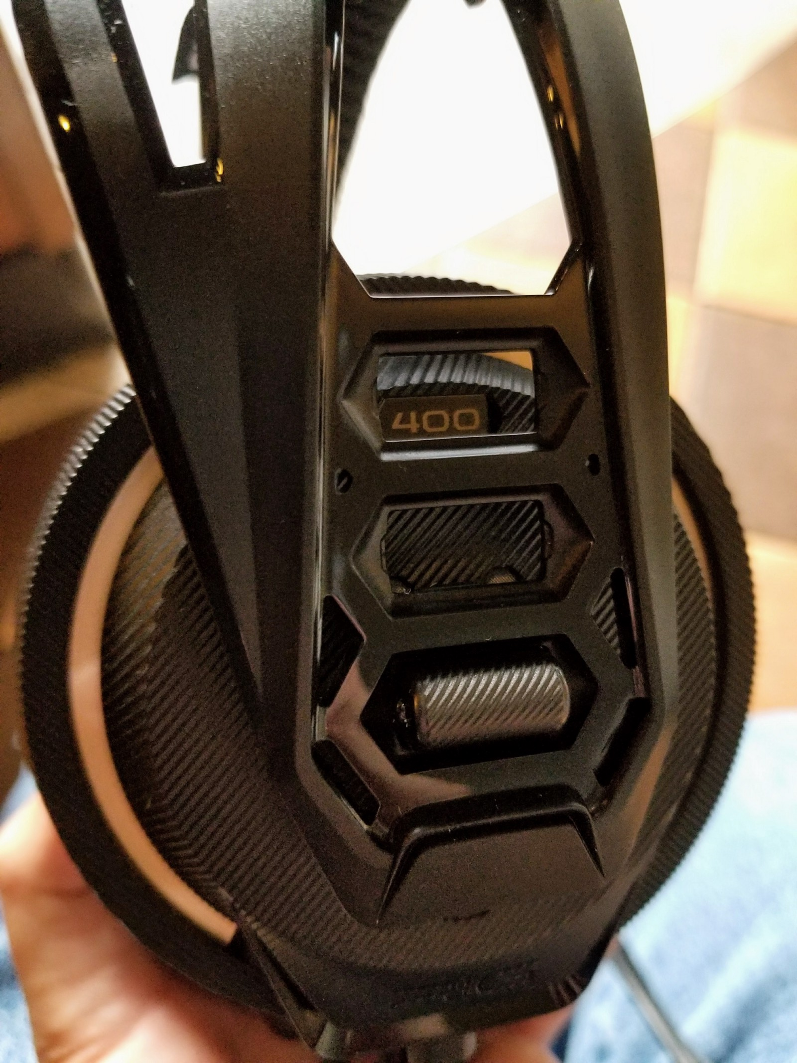Plantronics Rig 400 Gaming Headset Review Alex Rowe Medium Stereo Headphone Jack Wiring Diagram Further Circular Wire Connector The Mic Is Removable And Pc Version Includes A Splitter Extension Cable For Use With Dual Audio Configuration