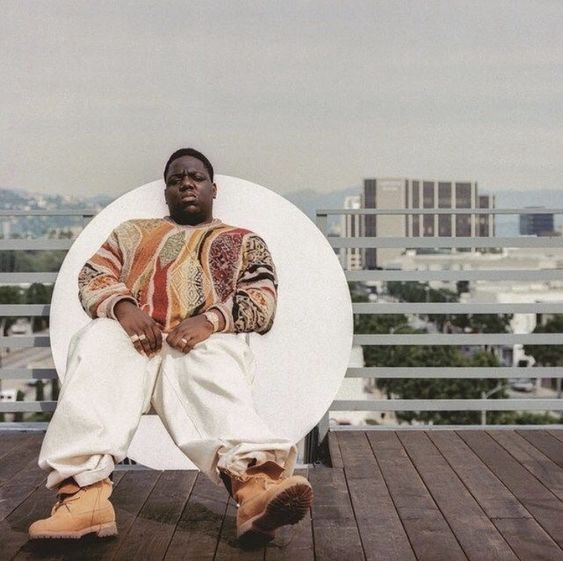 58fe1f4f5ea8f2 Biggie repeatedly mentioned Timberlands in several of his songs.