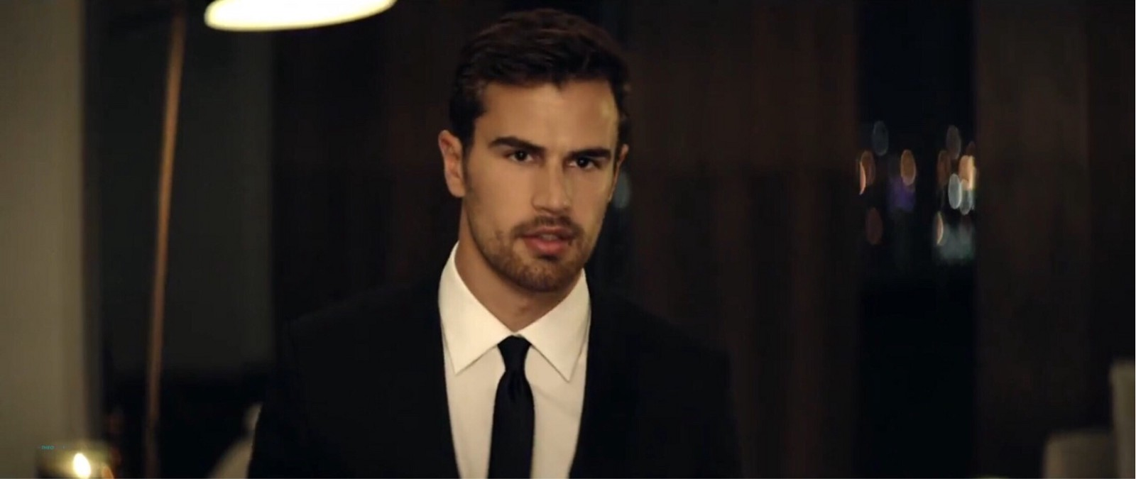 Famoso Theo James and Anna Ewers Star in NEW Hugo Boss The Scent FOR HIM  IQ65