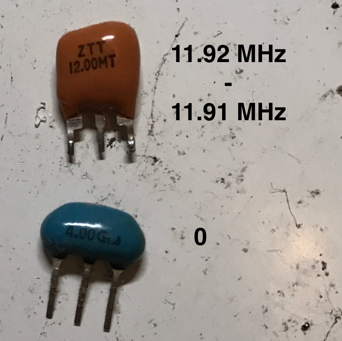 Crystal Oscillator Tester Frequency Counter Kit Review 9v Battery Eliminator Electronic Circuits Kits Doityourself I Tested Two Ceramic Resonators As Follows Note Center Lead Is Ground