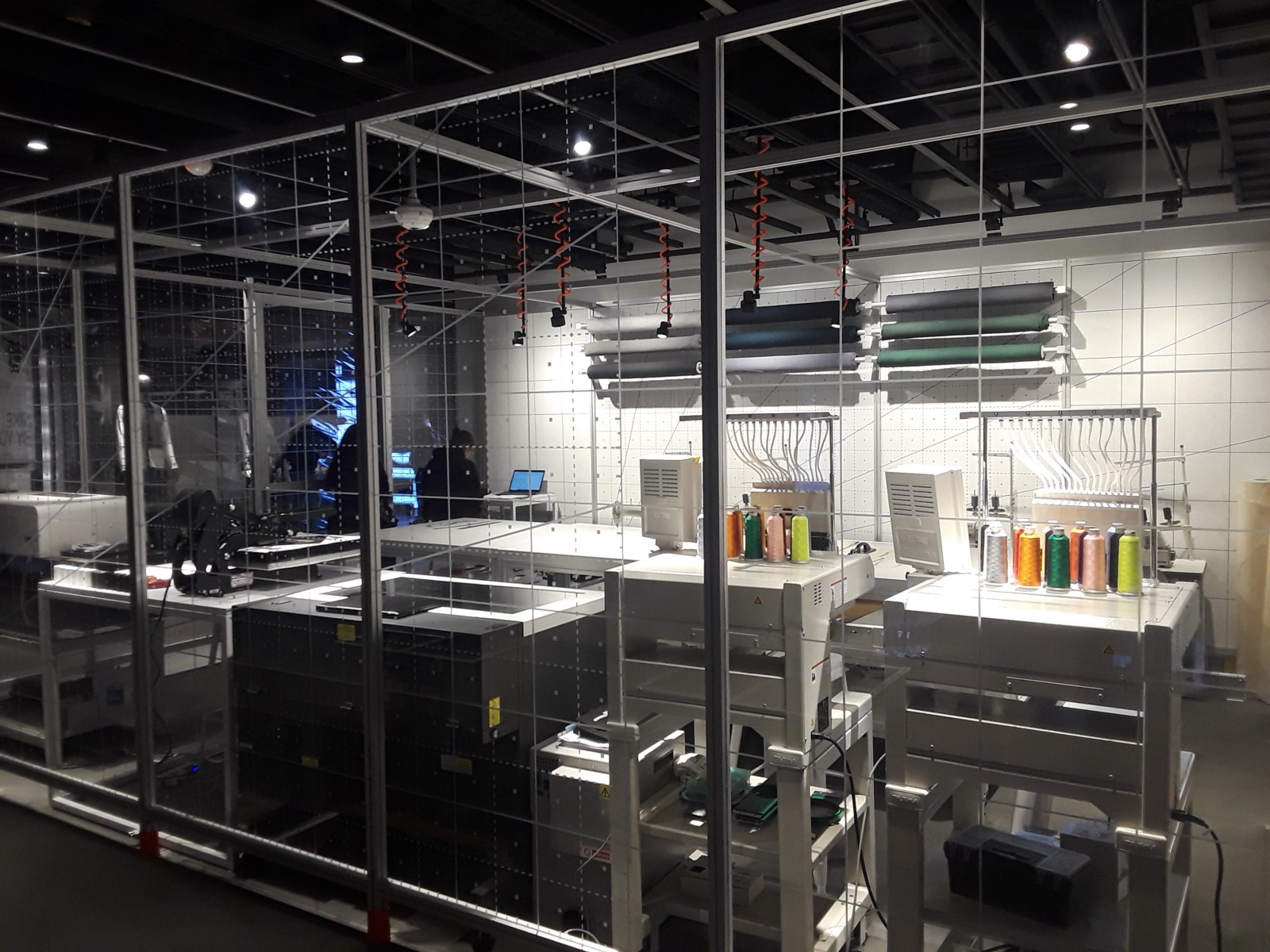 big sale 6f414 6f676 Nike s new NYC store raises the bar for customized shopping experiences
