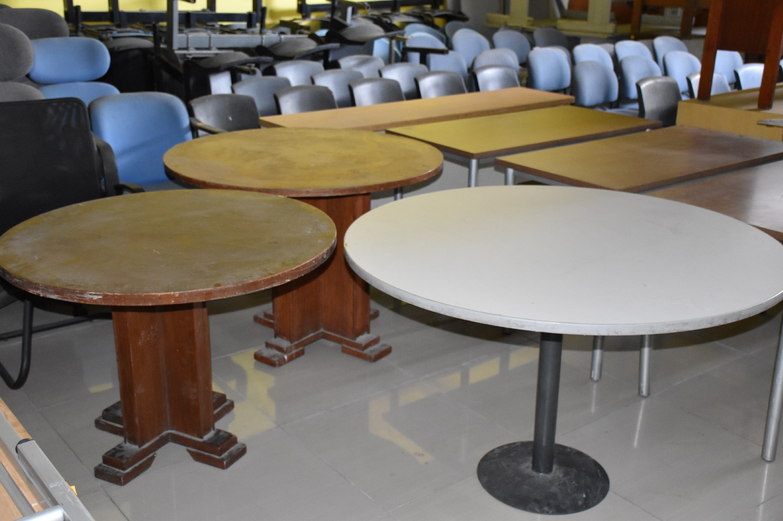 Biggest japan surplus office furniture supplier chain in the philippines is megaoffice surplus we offer top of the line used office furniture items at