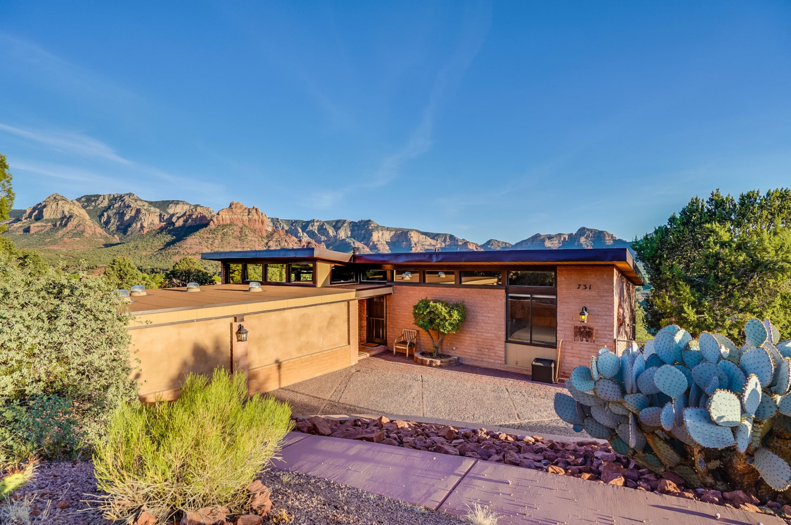 Income Opportunity In Uptown Sedona