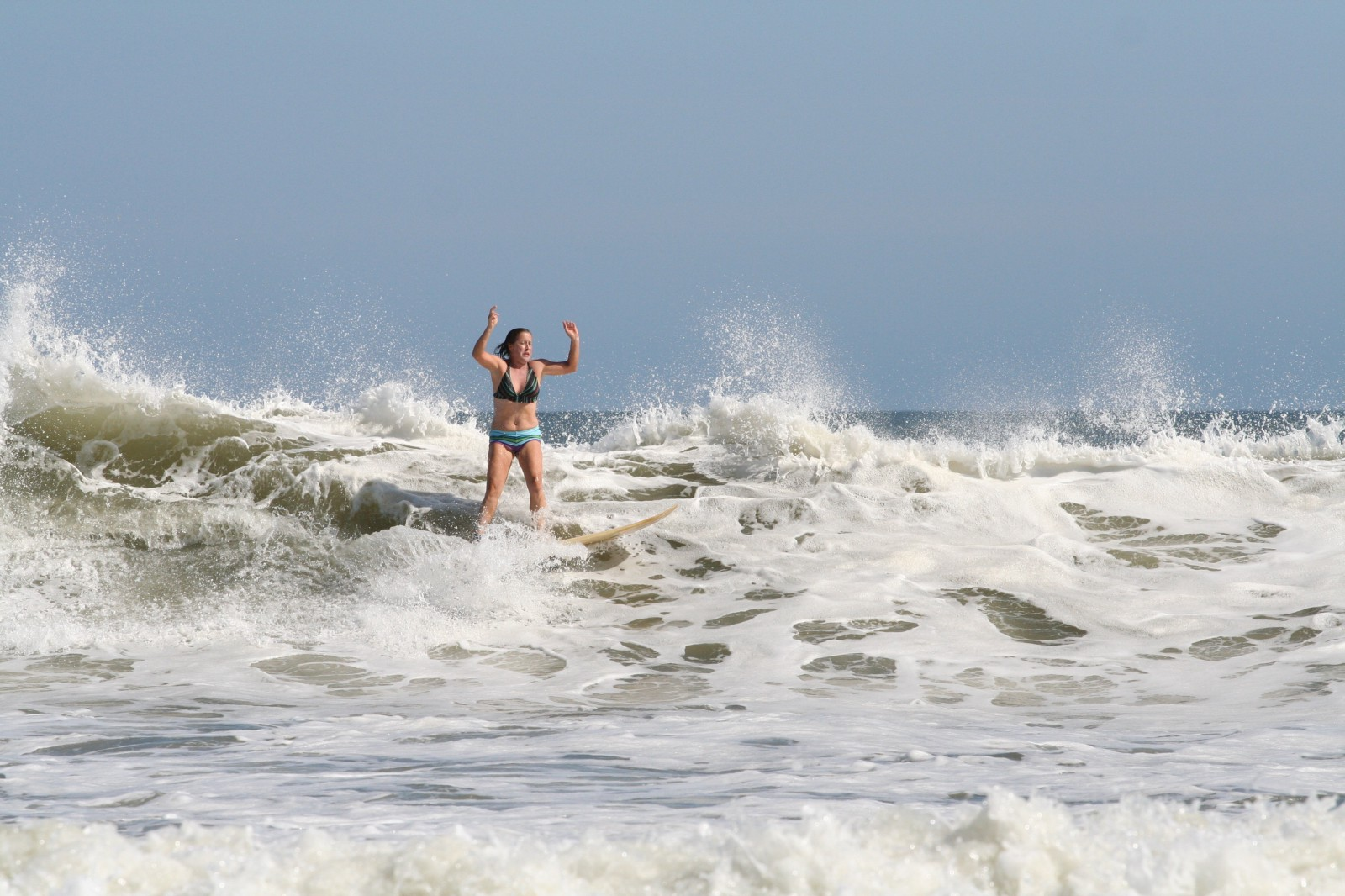 How To Be A Surfer Slacker Chick In Six Easy Steps The
