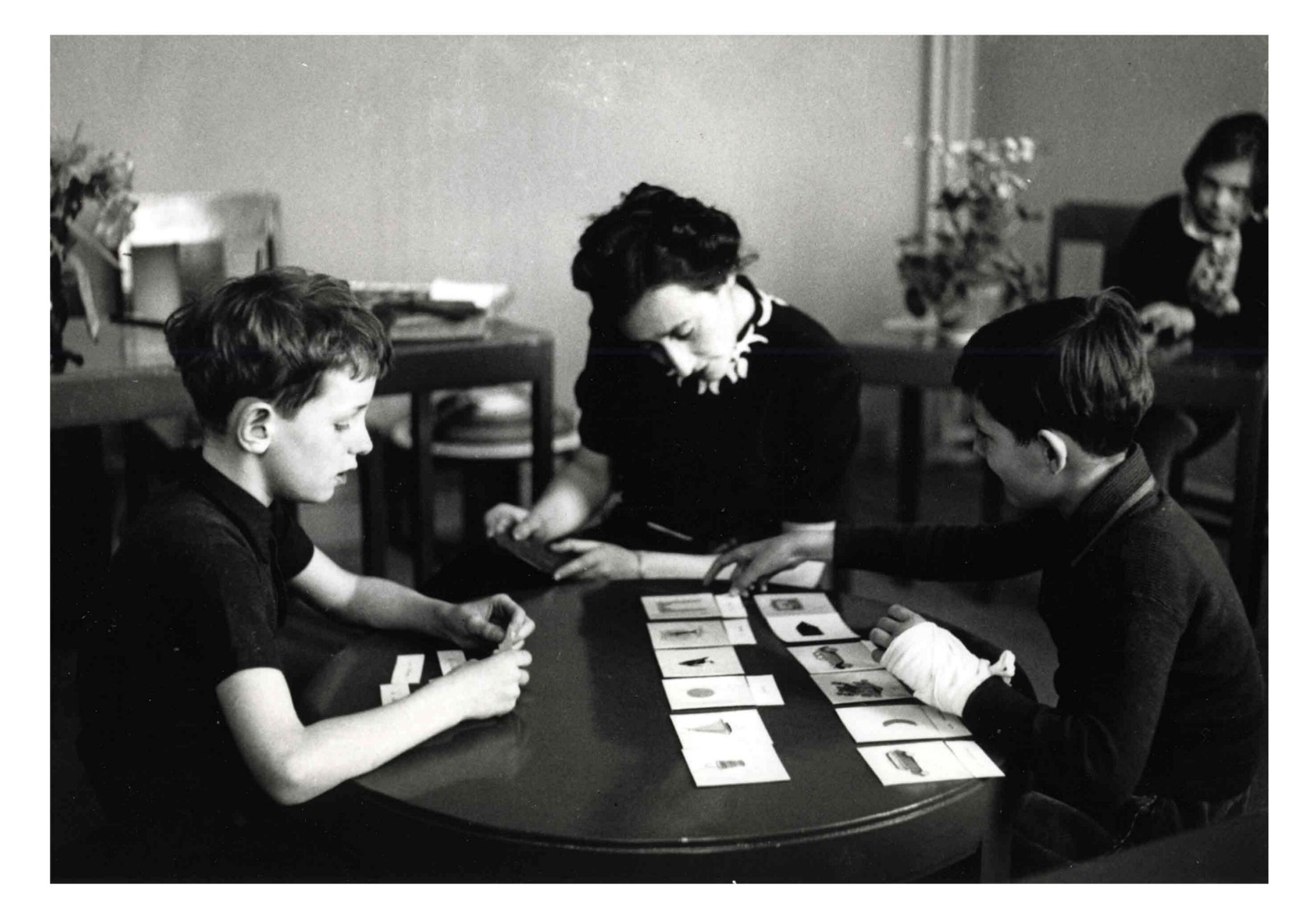 maria montessori discoveries mental concentration Dr maria montessori  the potential of the child is not just mental  and above all the high levels of concentration reached when work is.