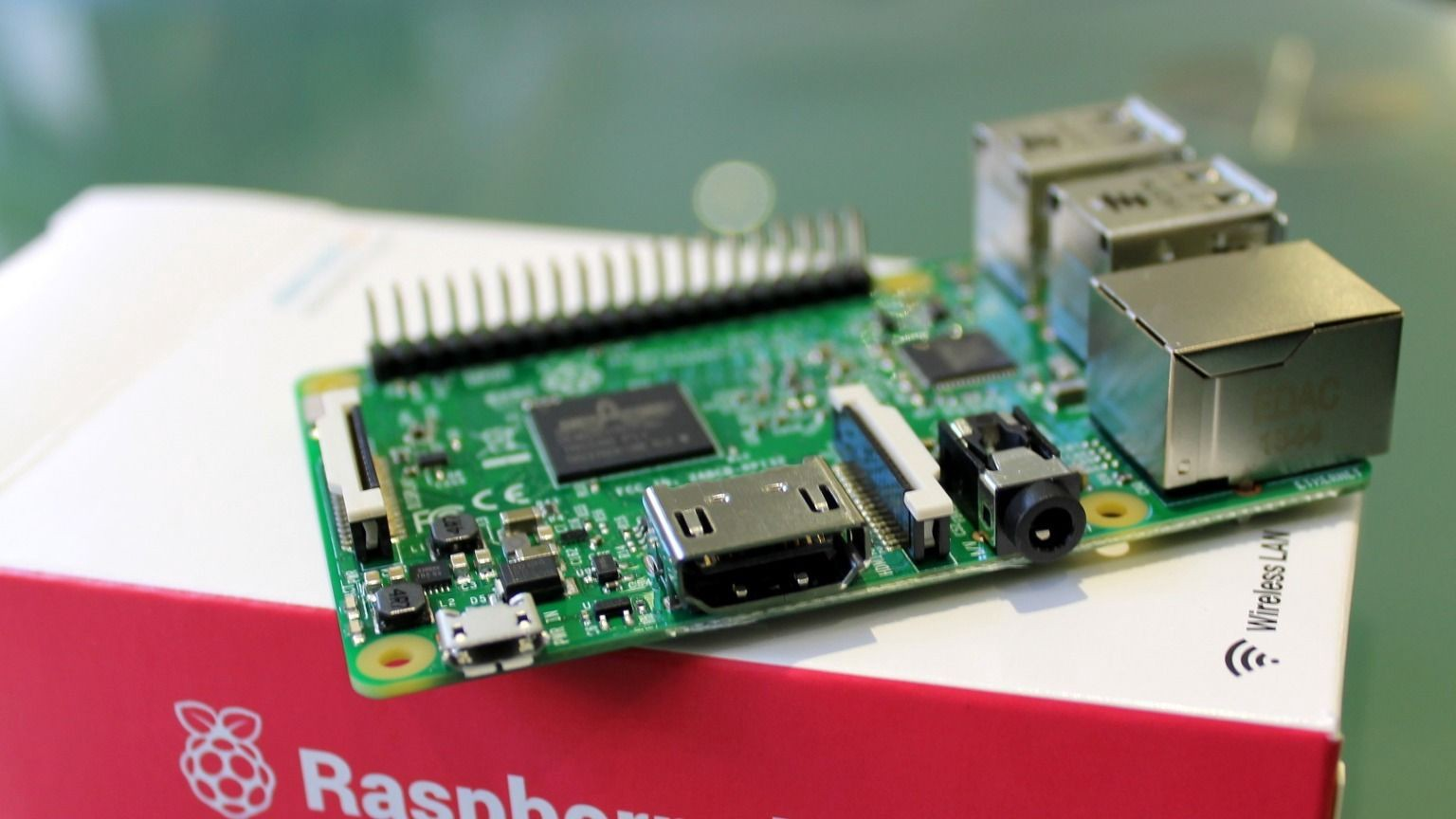 How to make a build notification box with Raspberry Pi