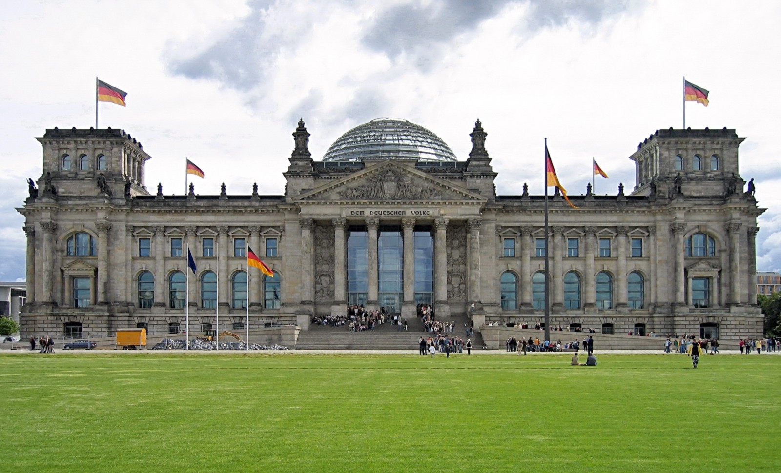 Reichstag building in Berlin: description, date of foundation, architect, history and modernity 36