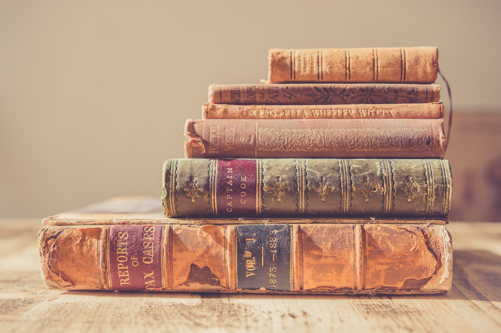 The 5 Most Gifted Books by Some of the World's Most Successful People
