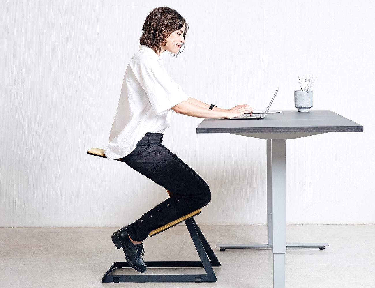 sit more comfortably and healthily with the w chair the truly ergonomic desk chair the unique w shape of this chair allows you to sit while relieving the