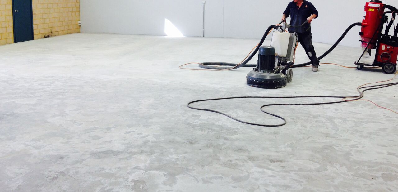 How to Clean Concrete Floors foto