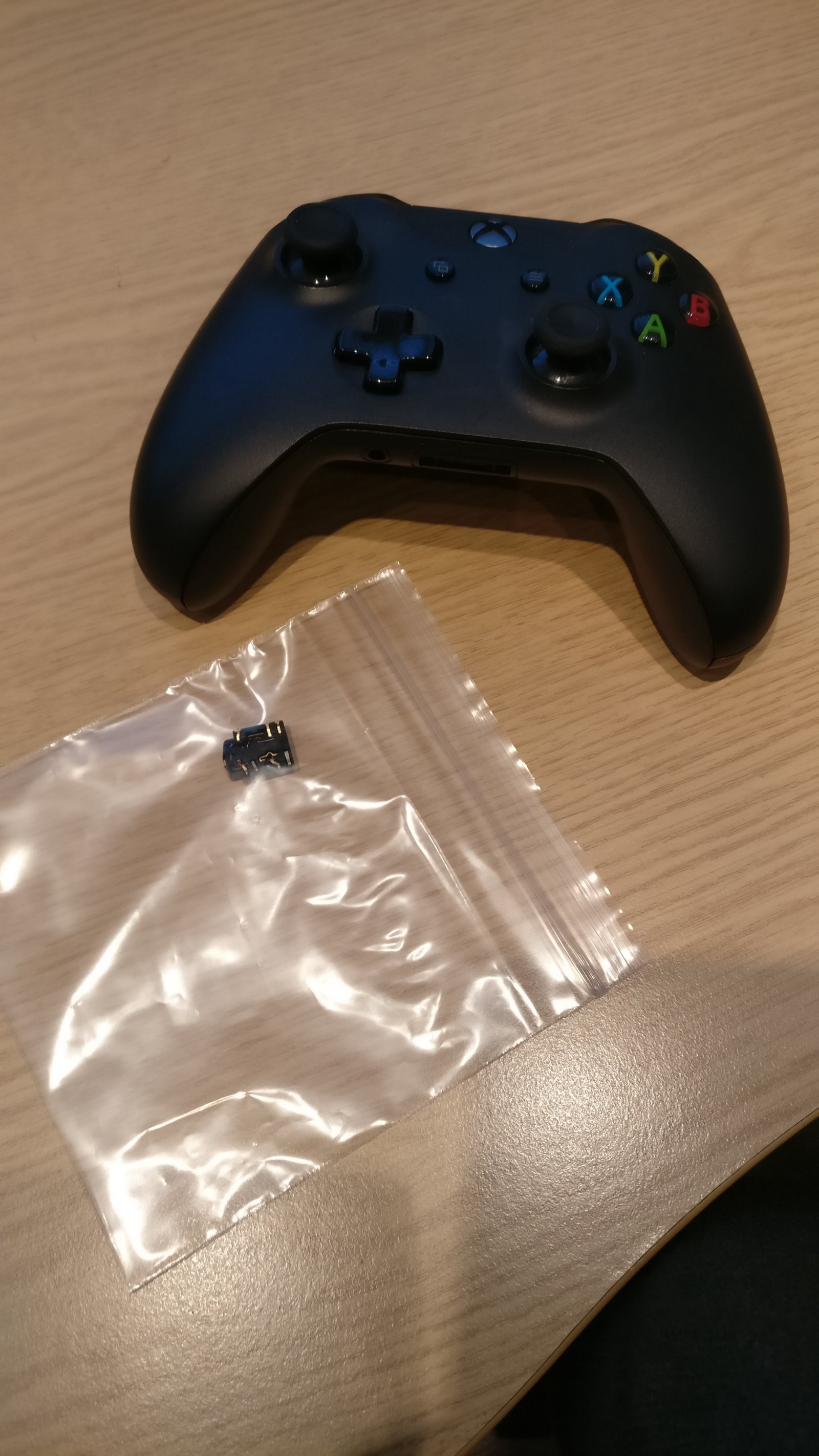 fix xbox one controller not turning on