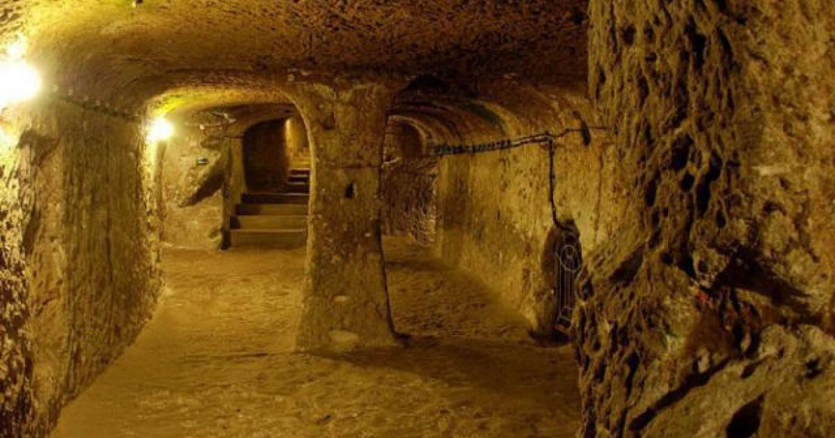 DISCOVERED 12,000-YEAR-OLD TUNNELS CONNECTING SCOTLAND AND TURKEY