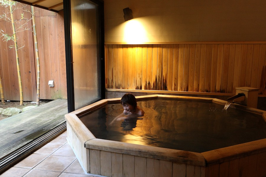 The Ultimate Guide to Onsen – A Different Side of Japan