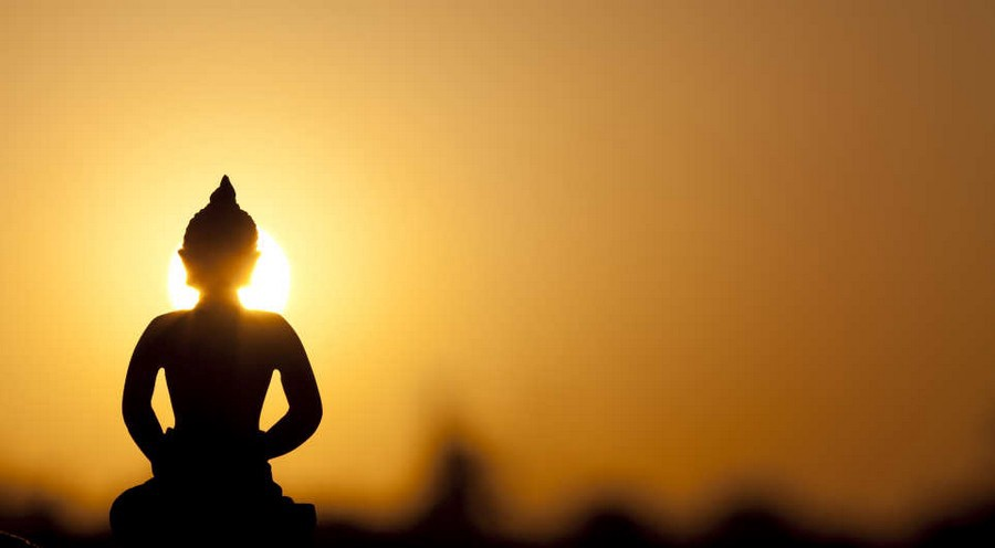 7 One-Minute Meditations to Silence Your Mind and Calm Your Day