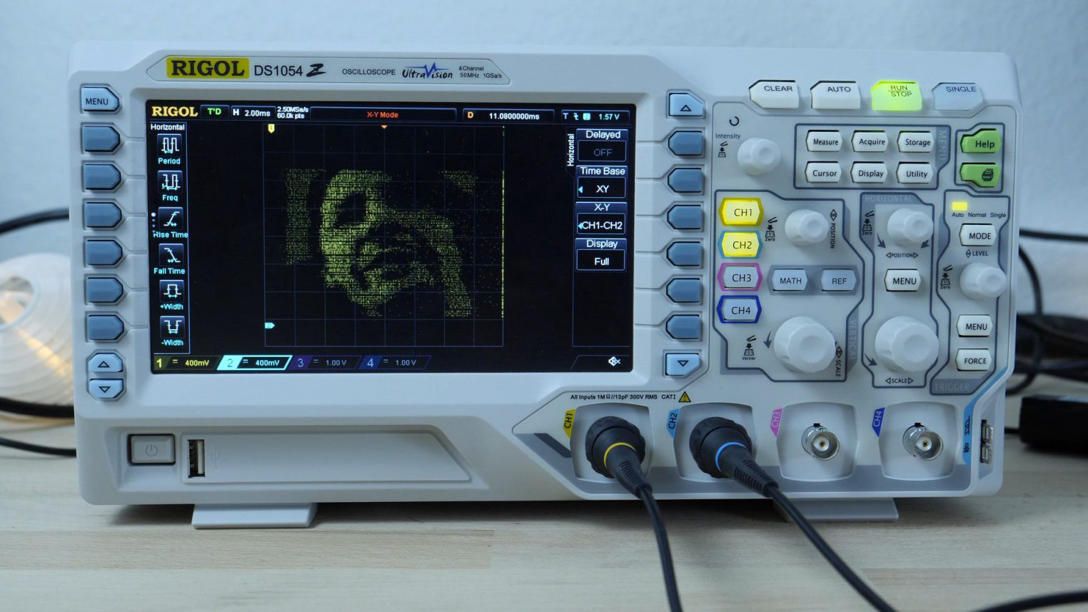 Oscilloscope Image Of B : Turning an oscilloscope into a video display with esp