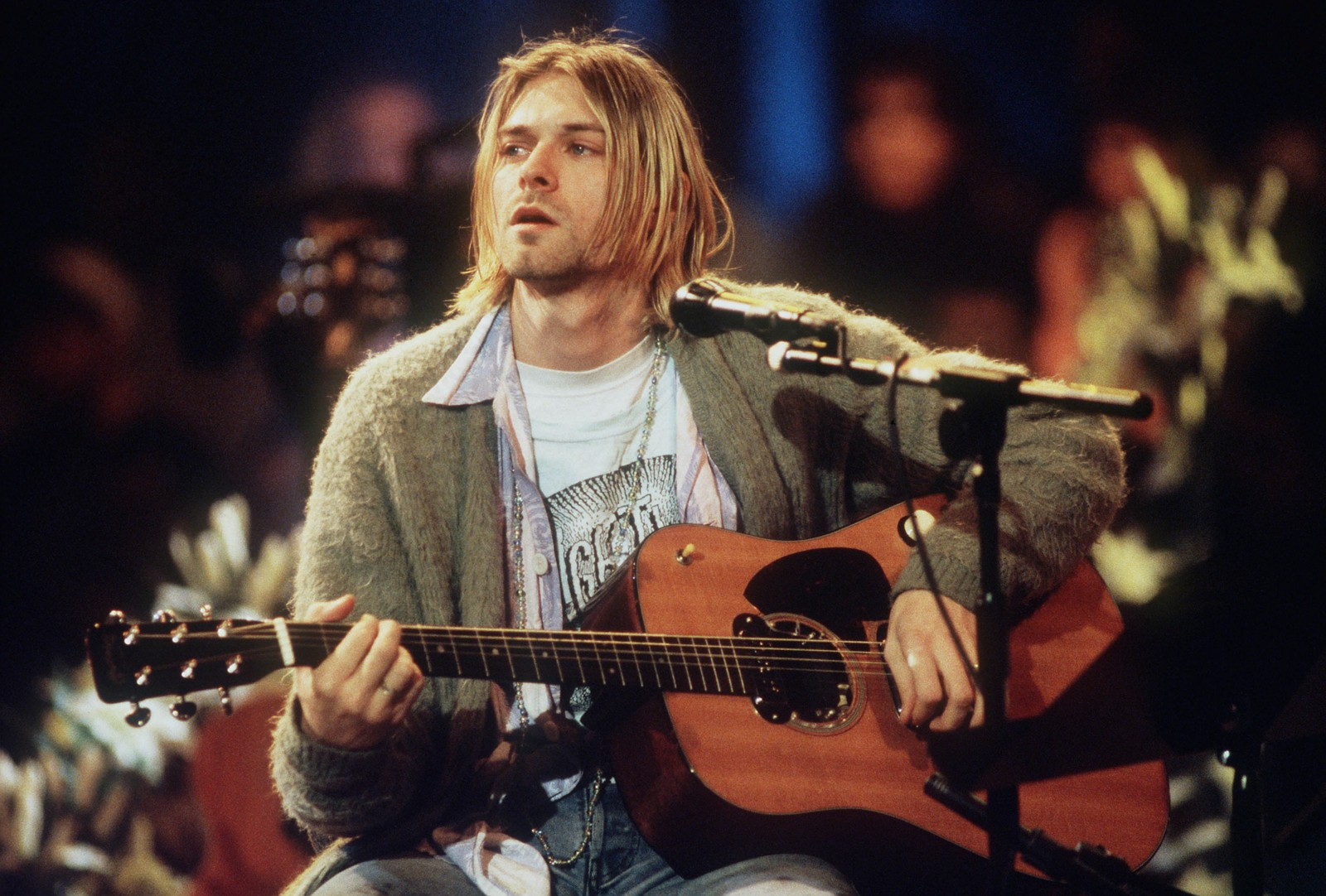 Mtv unplugged the 15 best episodes rollingstone medium mtvs unplugged is coming back to the airwaves and were celebrating by counting down the 15 best episodes from jay z to nirvana malvernweather Choice Image