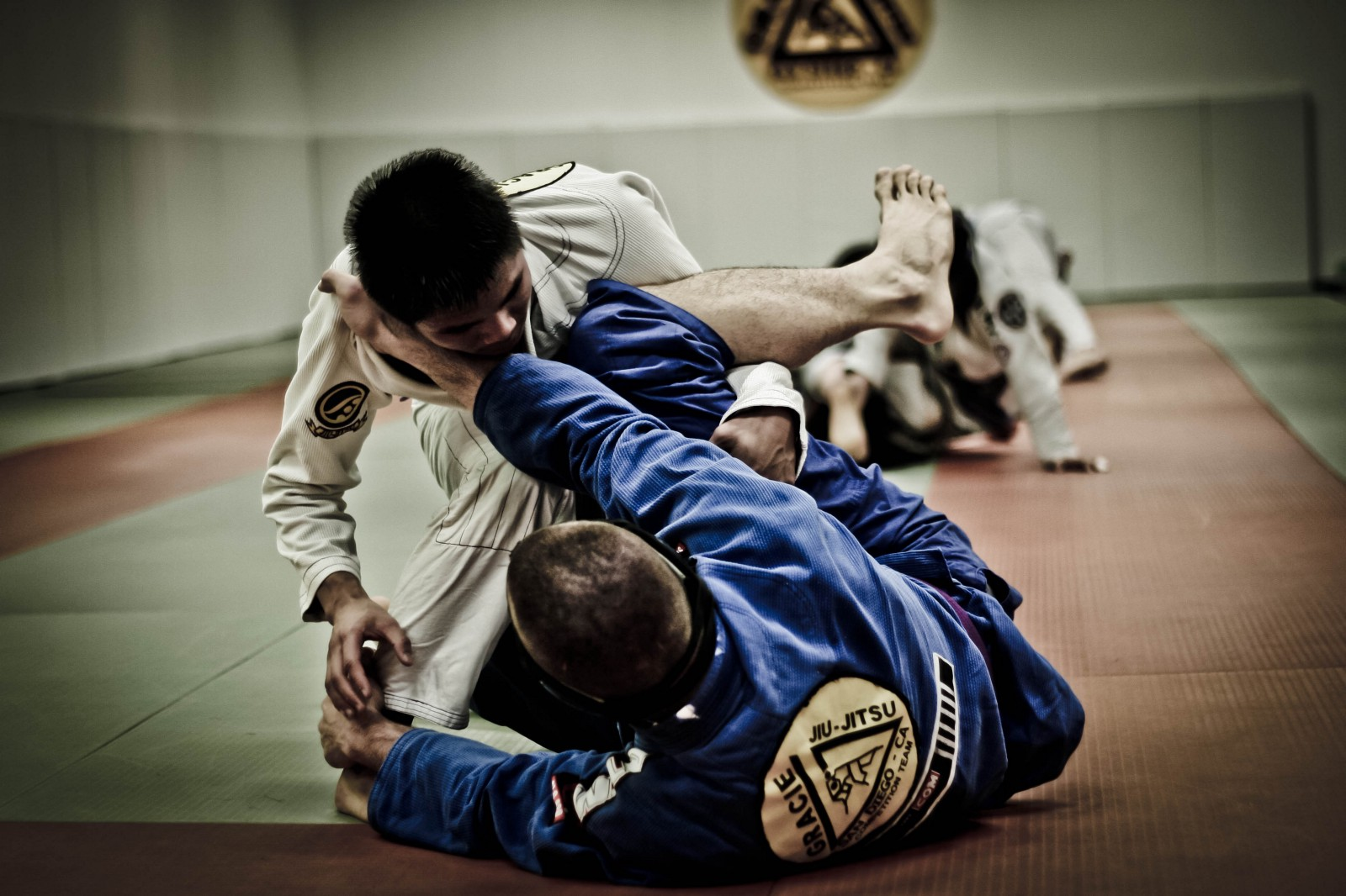 Rolling for the First Time — 5 Things I've Learned About Brazilian Jiu Jitsu