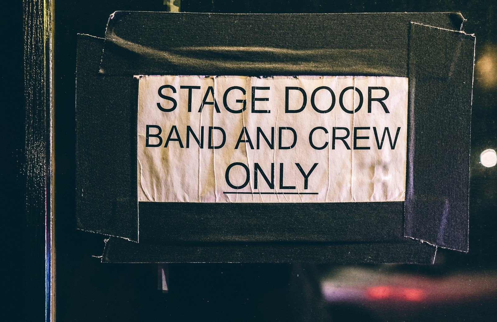 how to become a roadie for a band