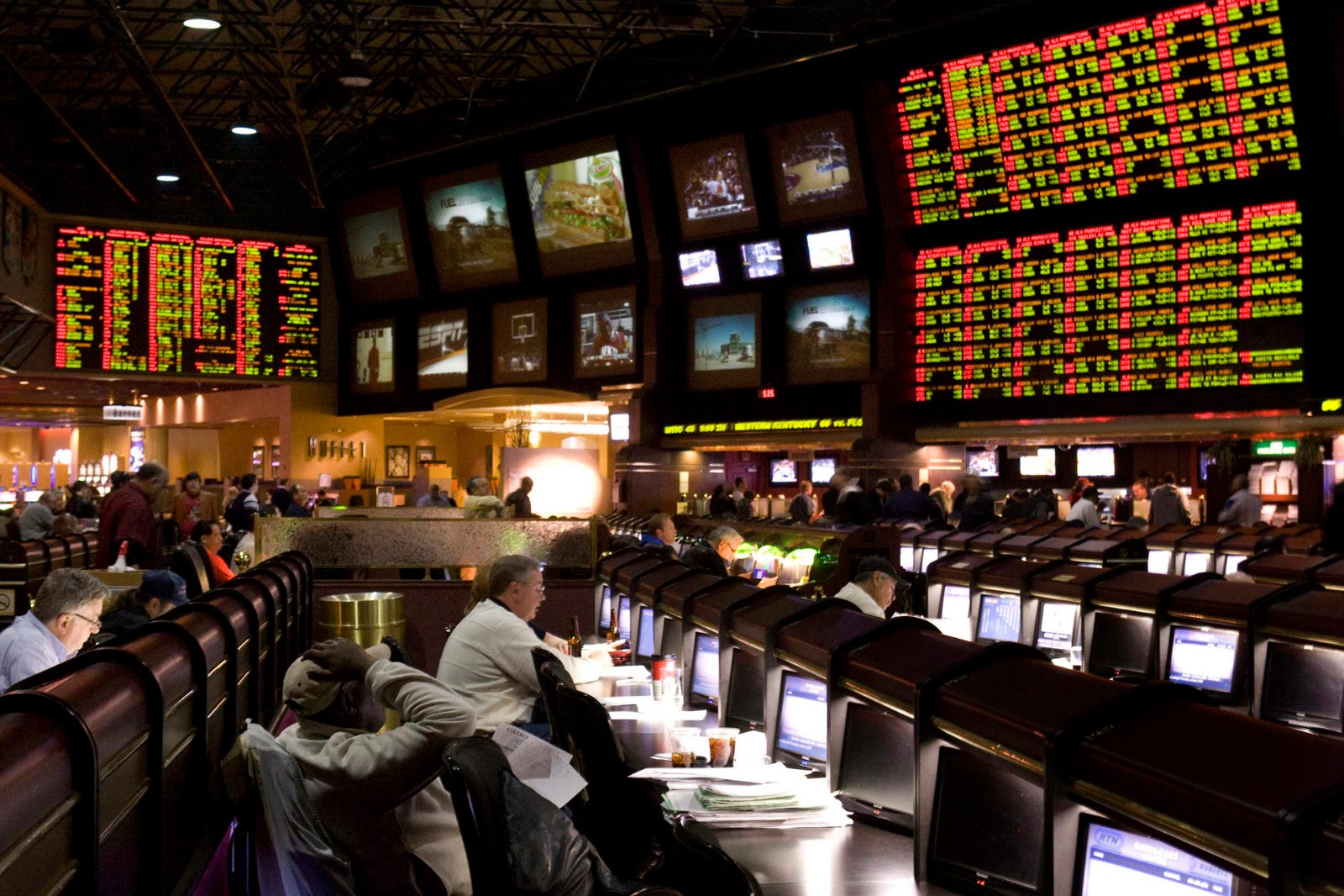 Betting on nfl games in las vegas 1 minute binary options to win
