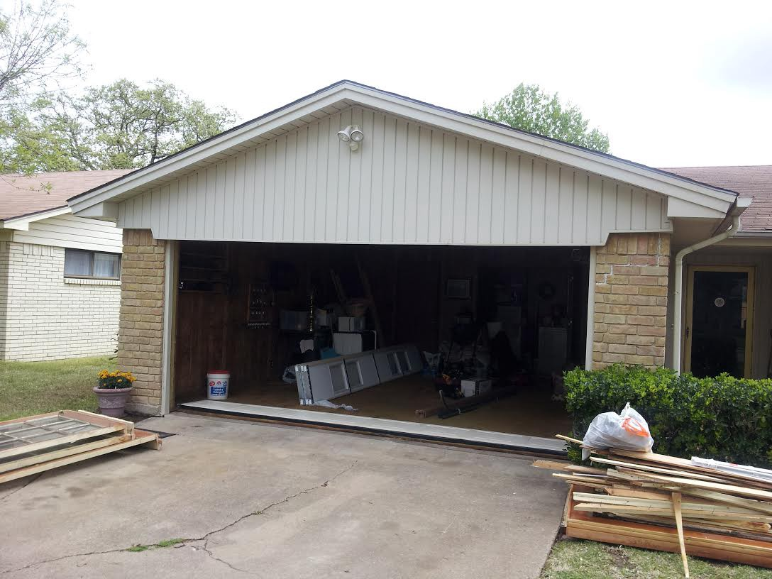 Know The Various Types Of Garage Doors We Sell And Recommend