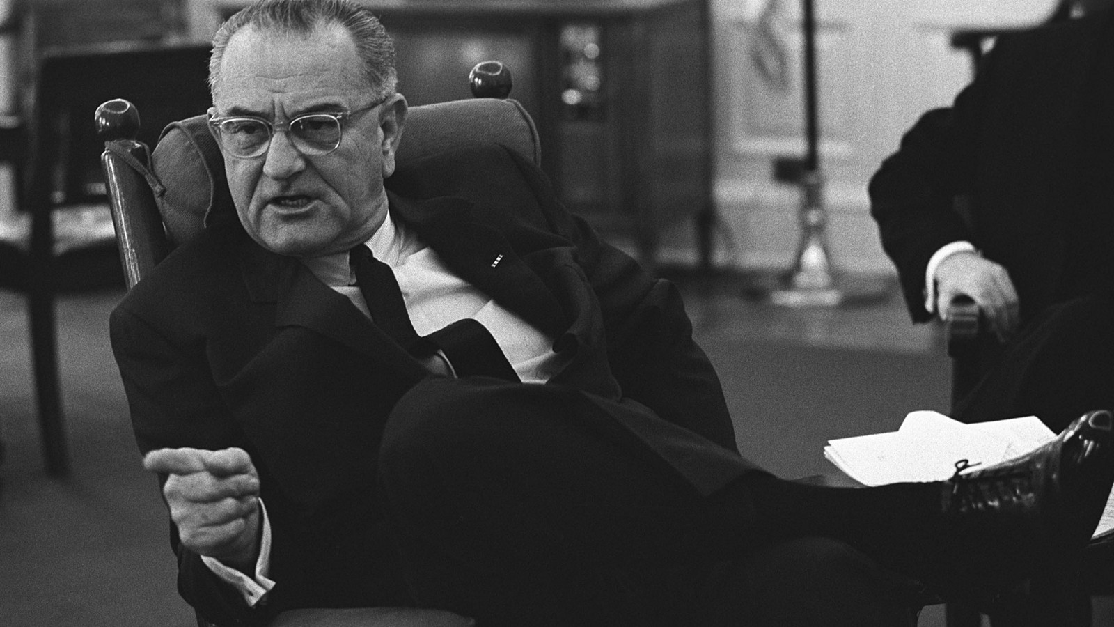 lyndon b johnson research paper Lyndon b johnson's goal of containing the spread of communism from southeast asia influenced him to purposely miscommunicate information regarding the gulf of tonkin incident in order to convince congress to grant him the power to join the war in vietnam.