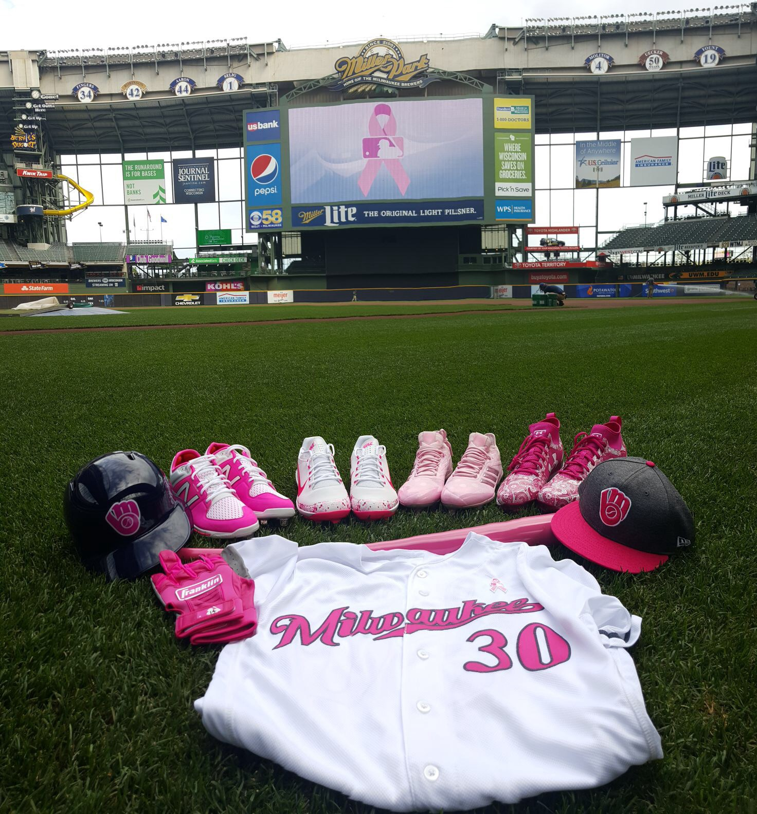 Happy Mother s Day from Miller Park – Cait Covers the Bases 05f971f1c38