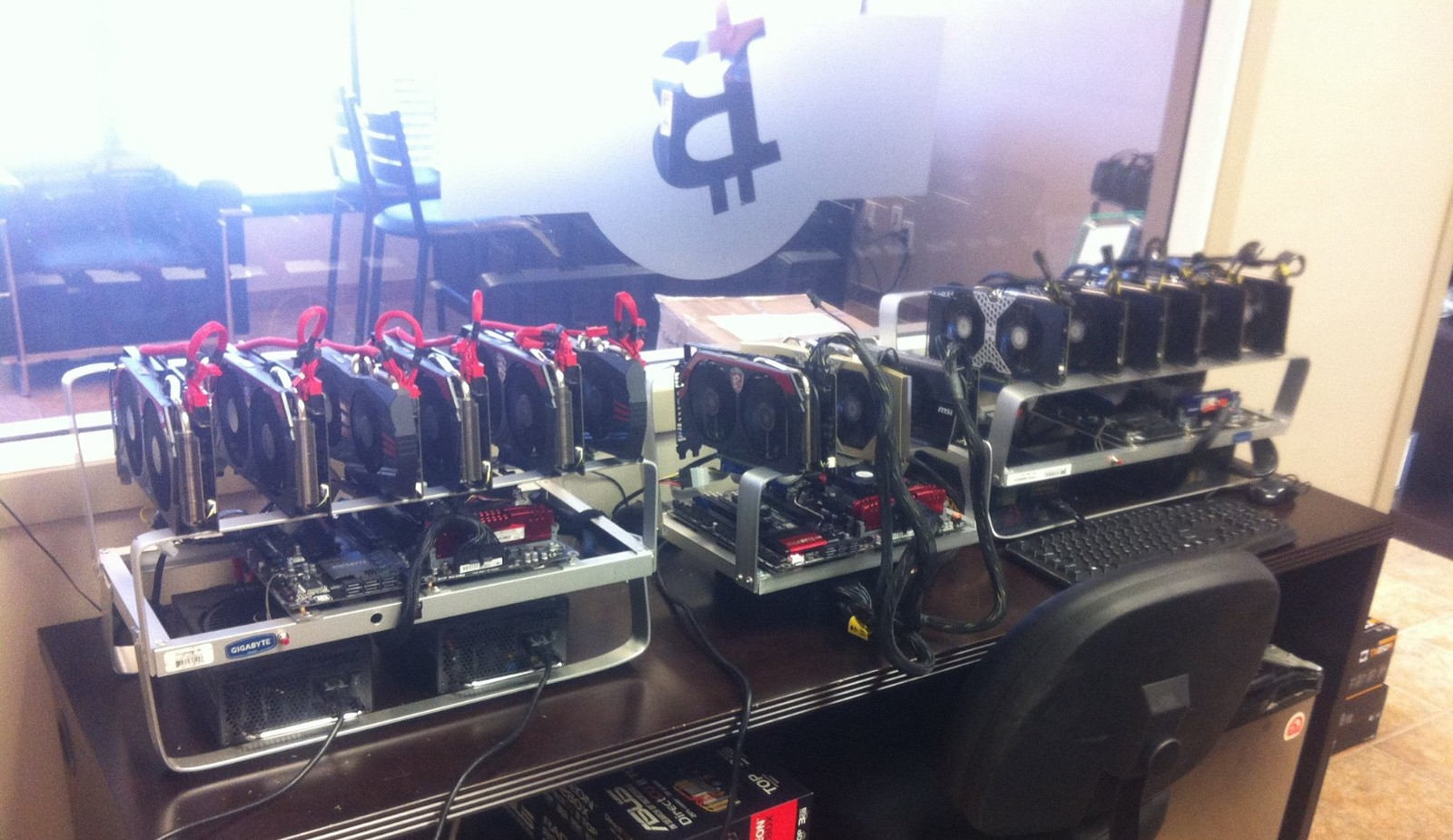 litecoin cryptocurrency mining rig