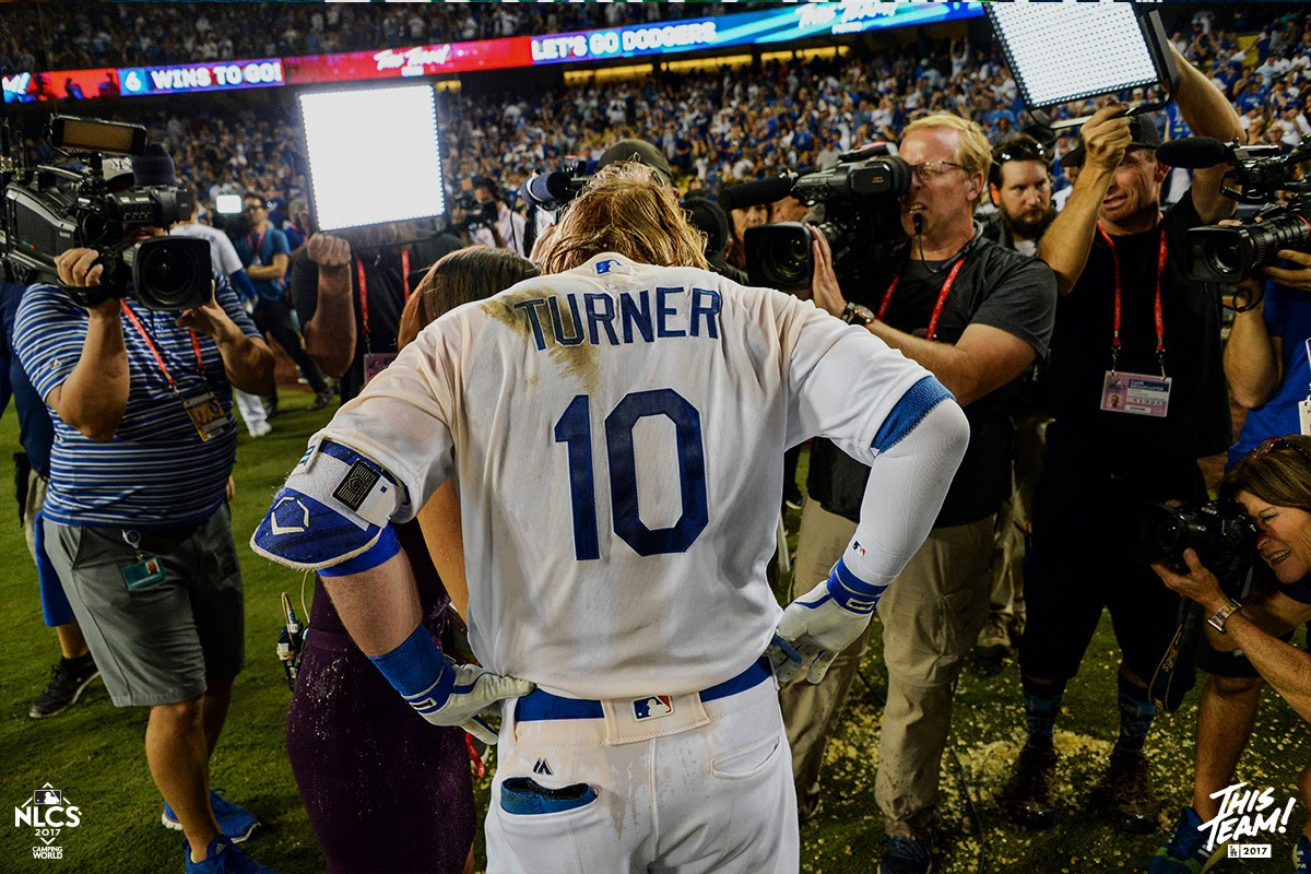 In their words  Nine Dodgers take you inside Justin Turner s moment fff35b5508a