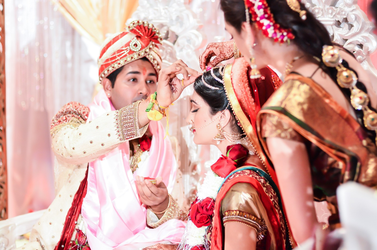 To save the best moment of your life Call the expert wedding ...