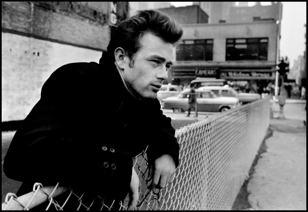 Assez JAMES DEAN: A Life in Pictures — – Everything's Interesting – Medium LT69