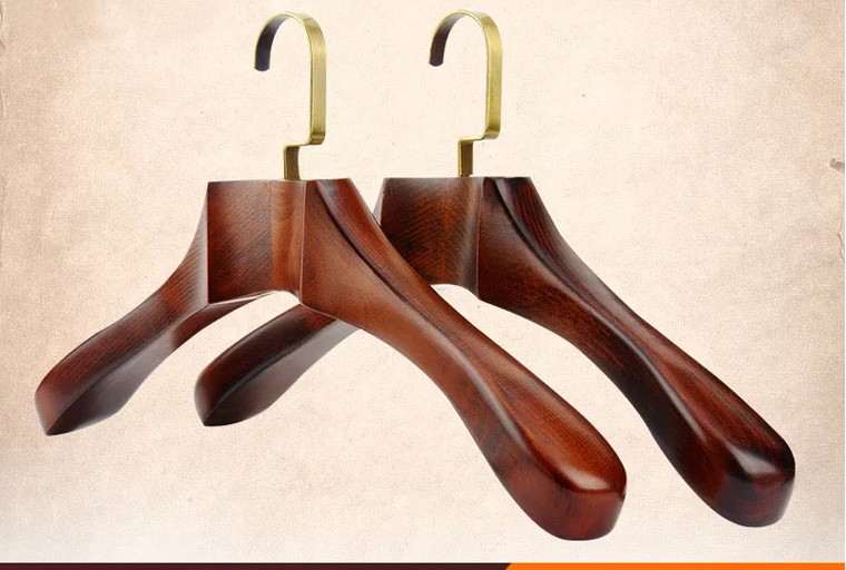 Making Selection of Right And Quality Coat Hangers ...