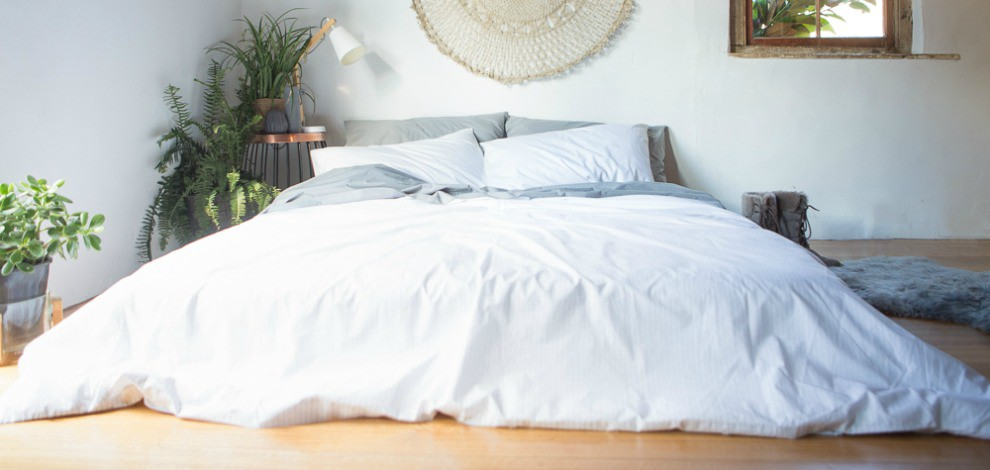 How To Keep Your Bed Sheets White And Bright The Good Sheet Medium