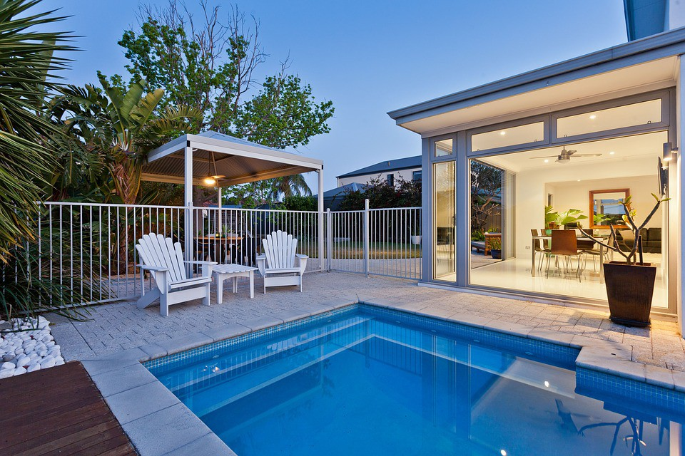 Tips For Selecting Vinyl Pool Liners