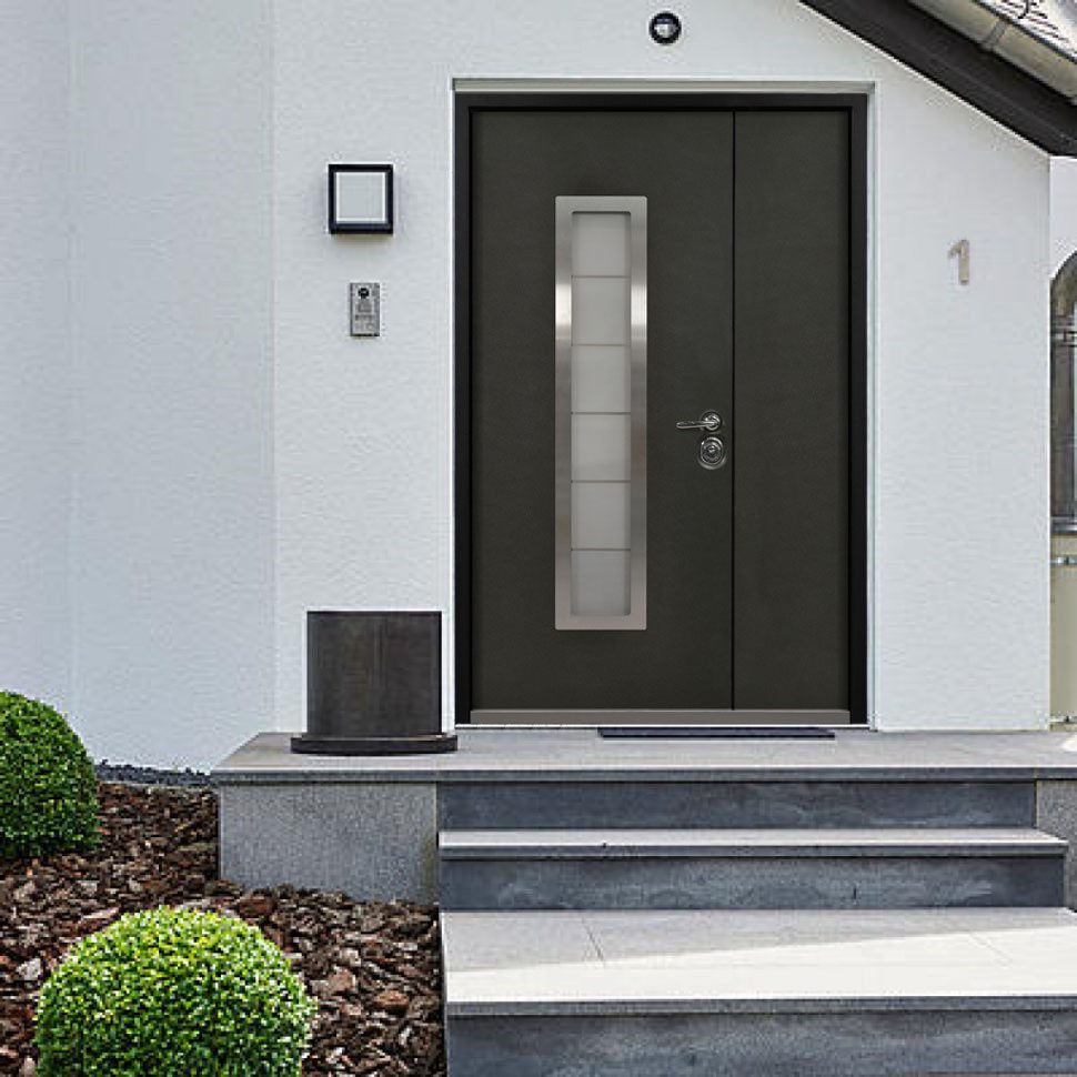 The Most Por Materials For Front Doors Are Wood Steel And Fibergl On This Topic We Will Consider Strongest Of Them