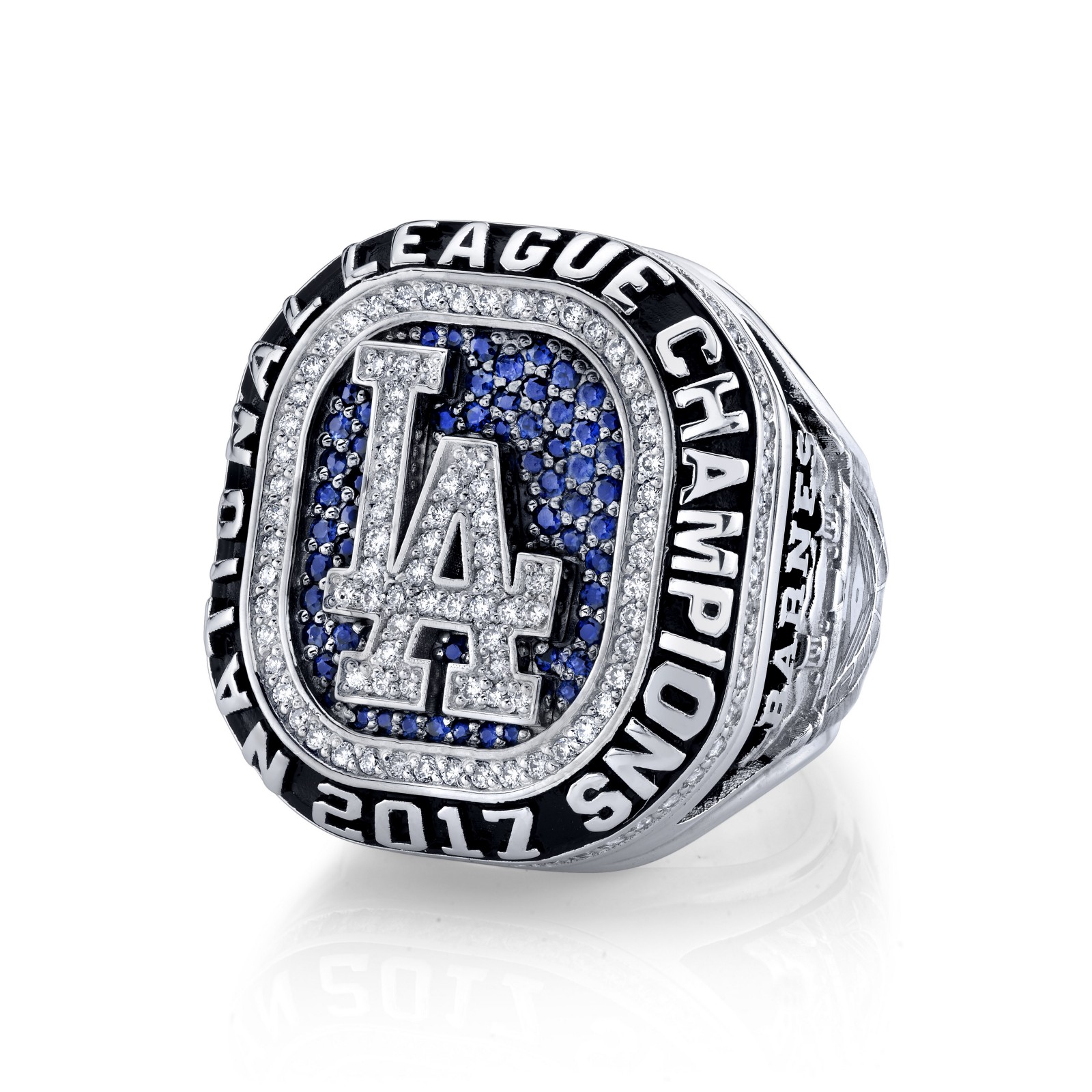 Dodgers presented with National League championship rings