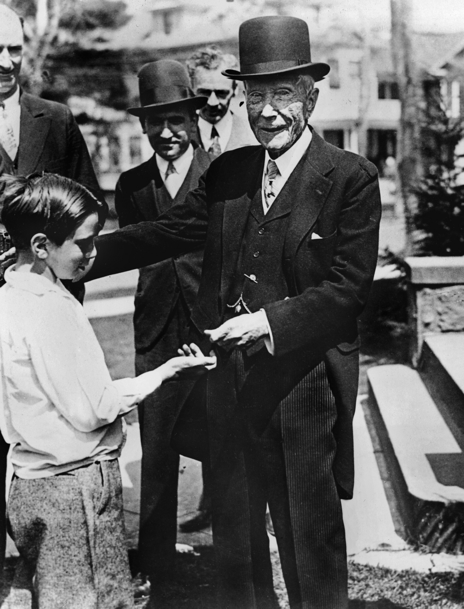 Little Rockefellers: Do Babies Need to Teach Money