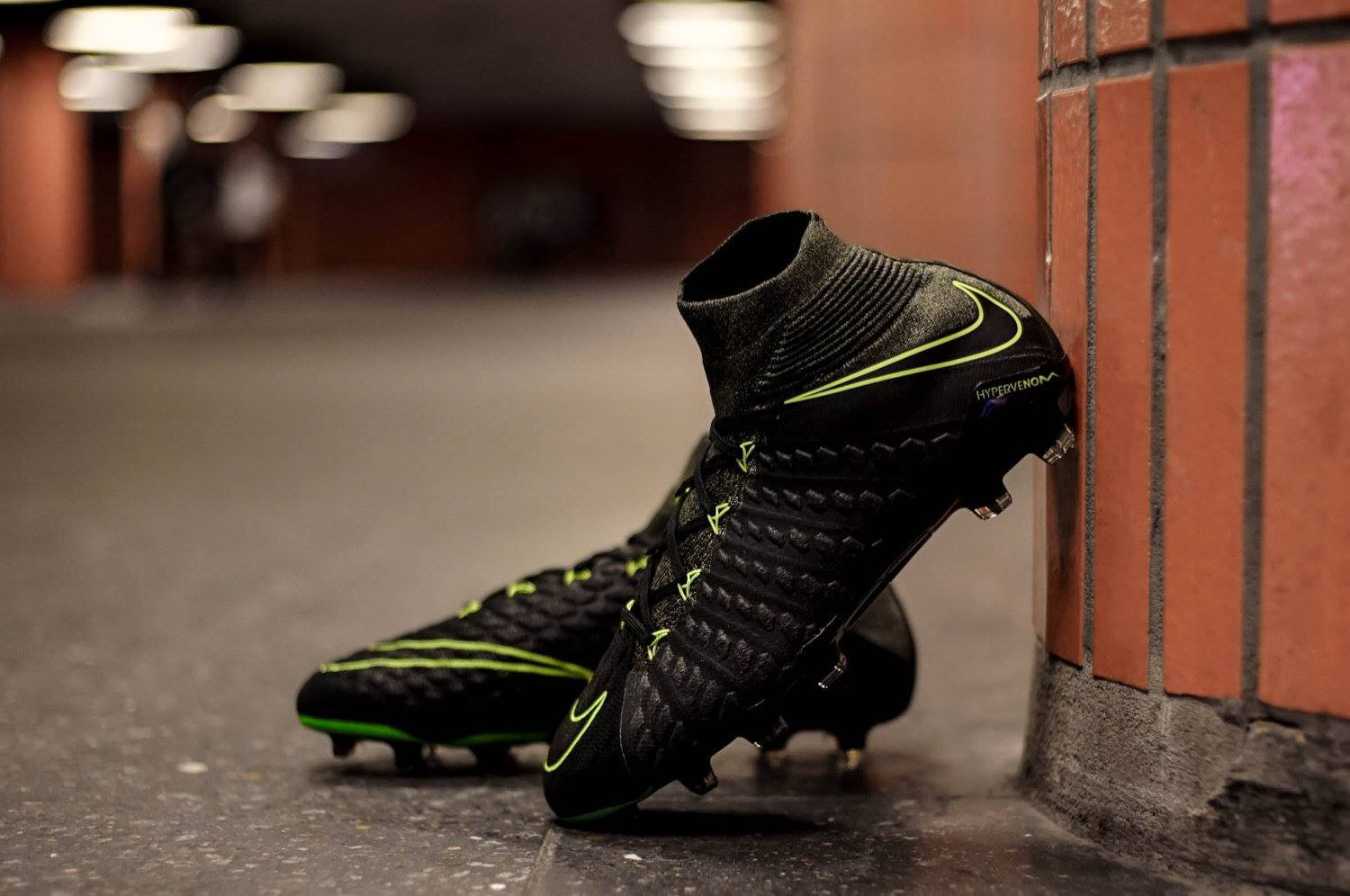 d7af0a3a8840 The volt outlining set the Tech Craft K-Leather Hypervenom apart from the  rest of the pack.