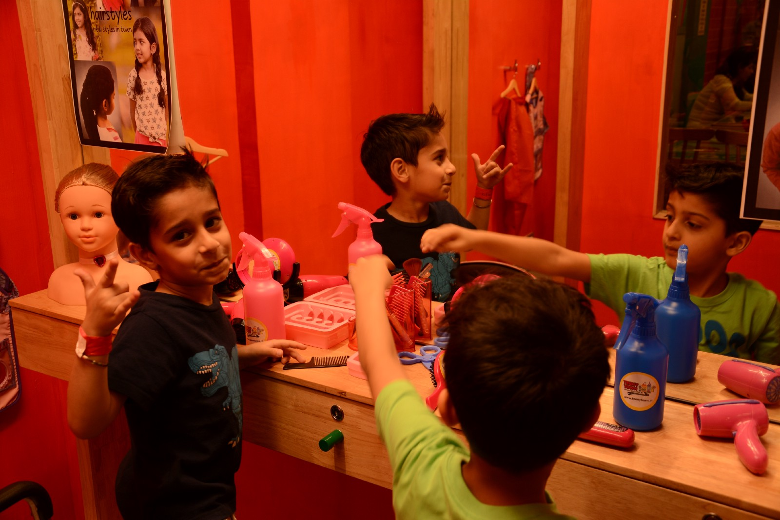 Let Your Little One Get You A Haircut At Teeny Town Delhi