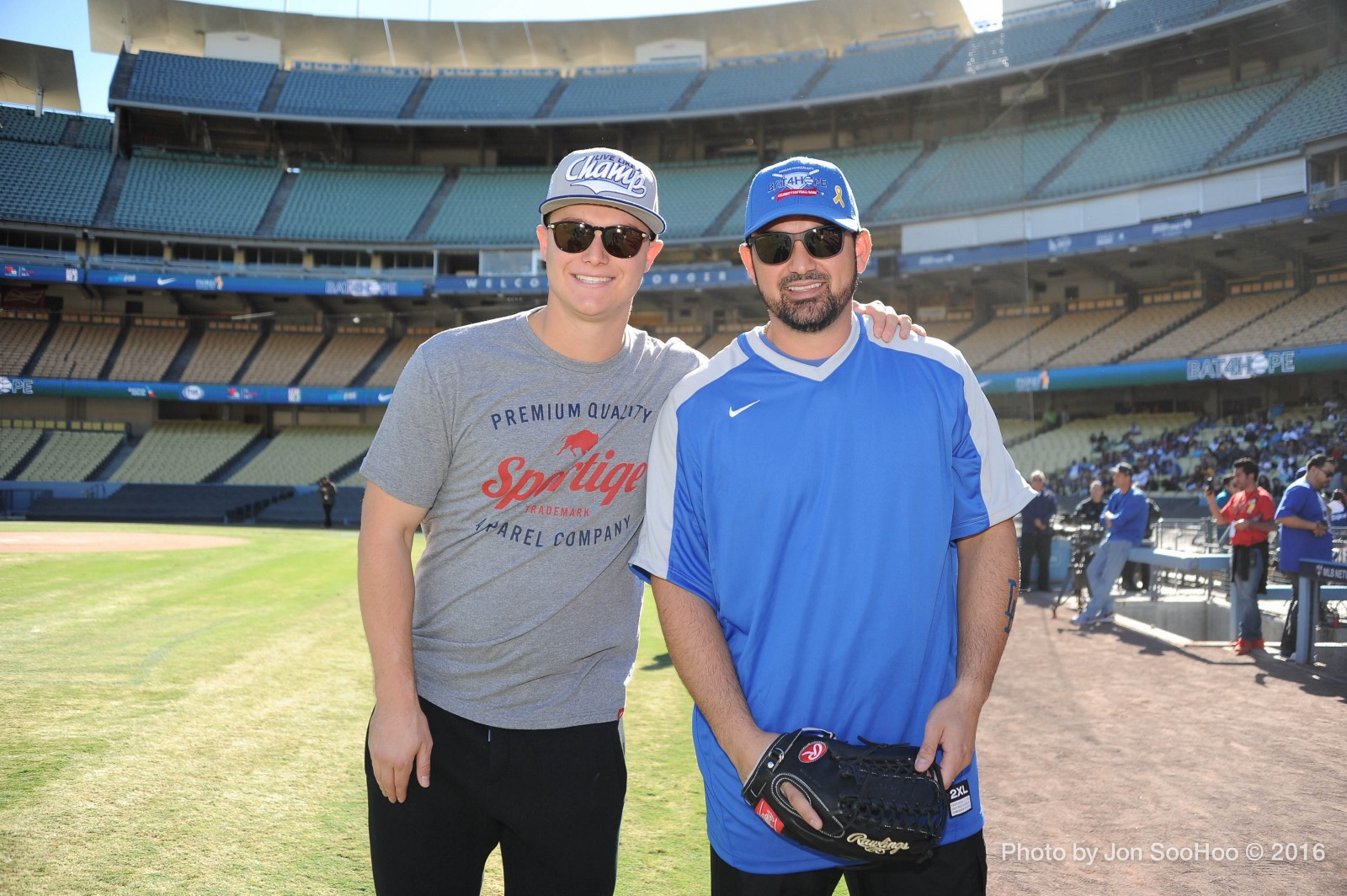 Former Angels, Dodgers, celebrities play ball – Orange ...