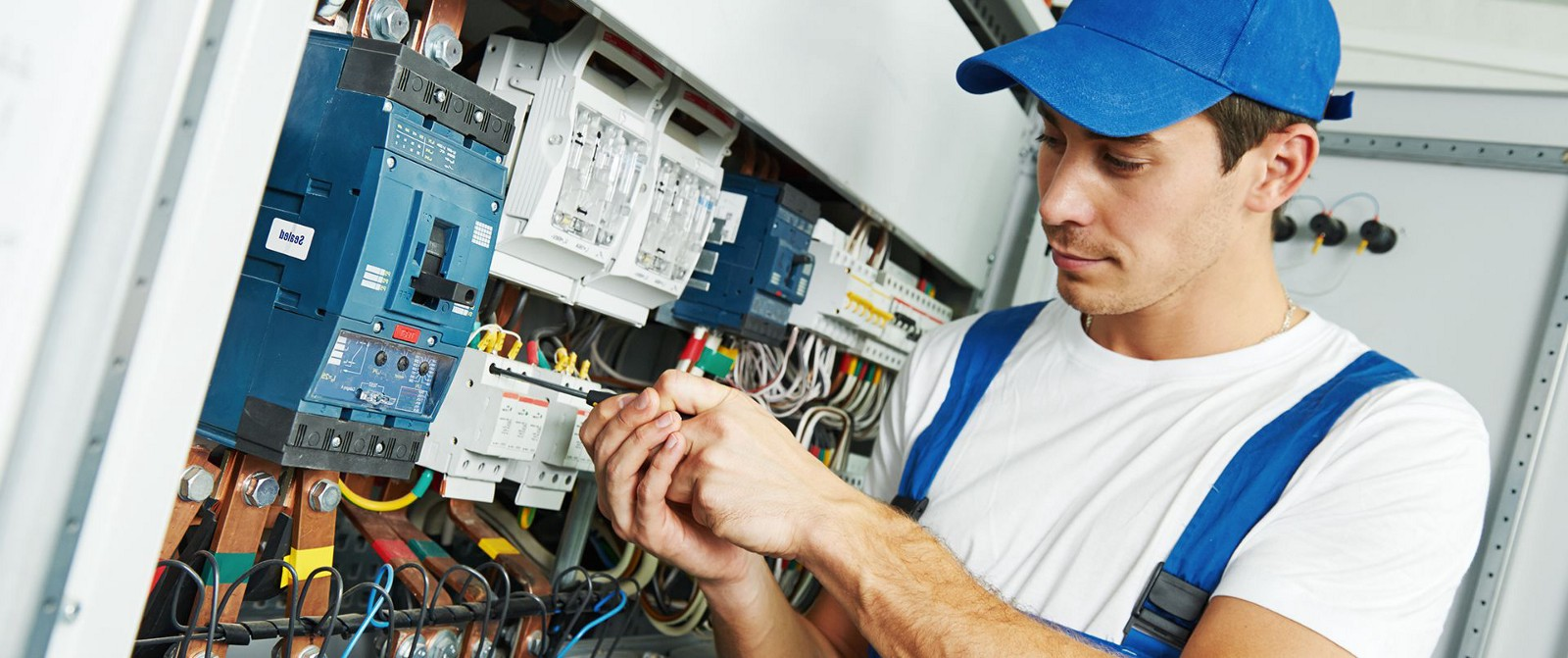 Find An Electrician >> Electrician Sydney Inner West Click Here To Find Out More